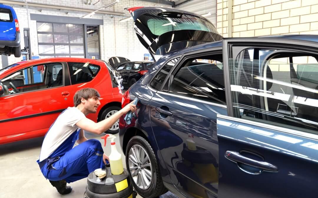 Welche Autopflege schützt den Lack am besten